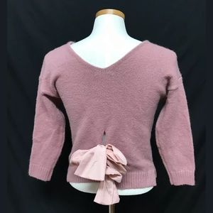 Groovy soft bow ties back mauve sweater Small